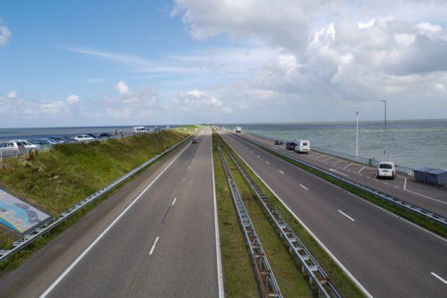 Abschlussdeich Ijsselmeer Holland Blick nach Norden