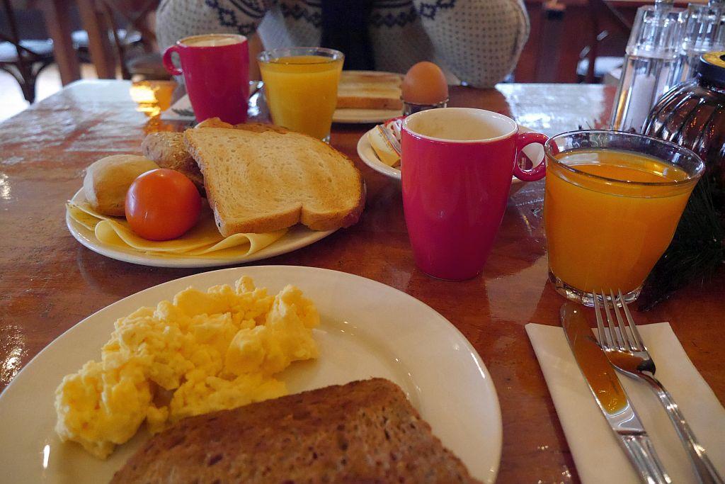 Badhotel Rockanje Frühstück