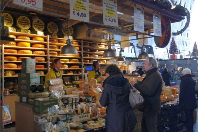 Markthal Rotterdam Käseladen