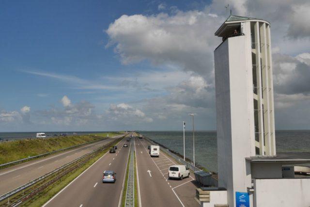 Aussichtsturm Breezanddijk Abschlussdeich Ijsselmeer Holland