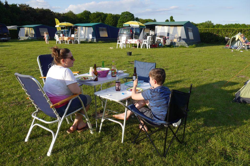 Recreatiepark und Holiday Park Duinhoeve – Camping und Übernachtung bei Efteling