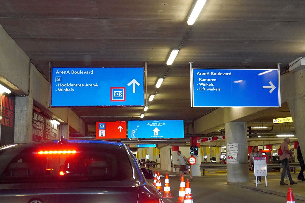 Amsterdam P+R Arena Einfahrt