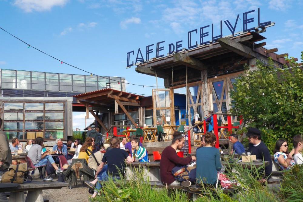 Cafe de Ceuvel Amsterdam Terrasse