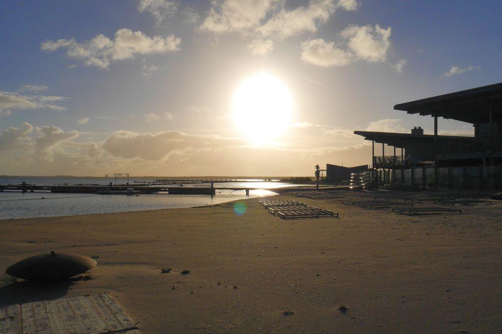 Sonnenuntergang Strand Oasis Parc West-Punt