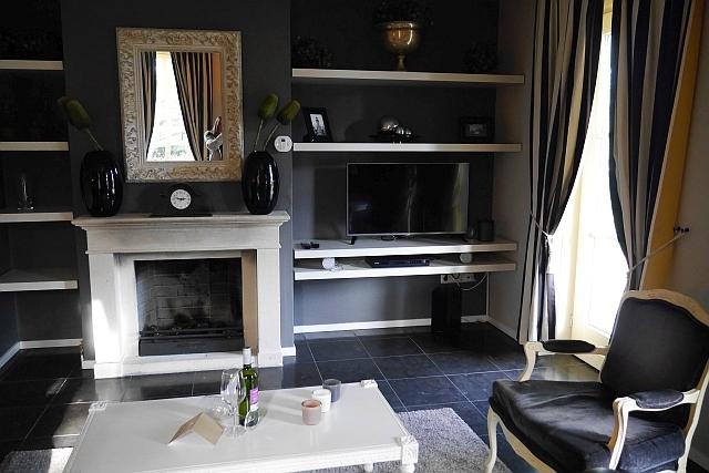 Kasteeldomein De Cauberg Kamin im Wohnzimmer