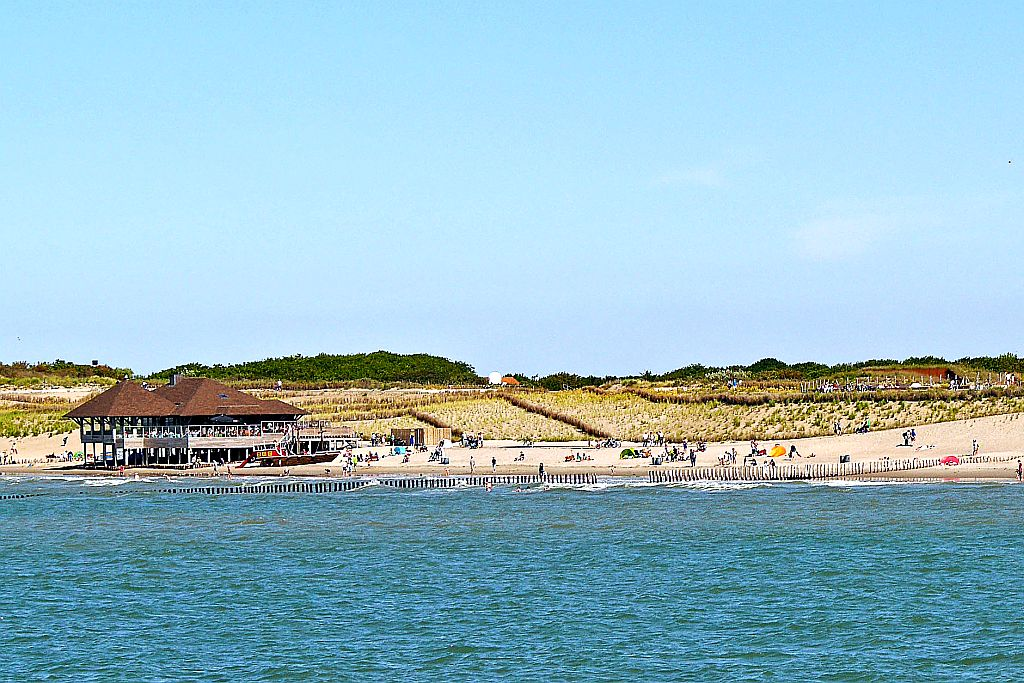 Pavillon De Piraat Strand Cadzand