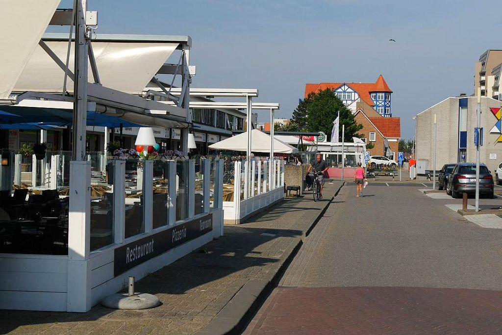 Cadzand Restaurant Platz Zentrum