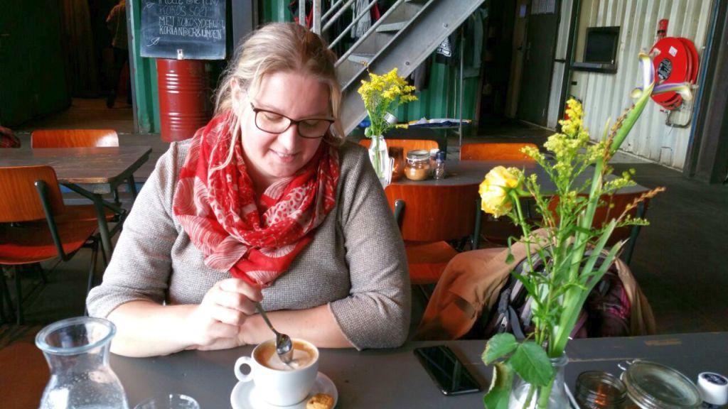 Pllek Amsterdam beim Frühstück