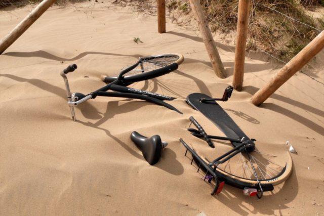 Scheveningen Fahrrad im Sand