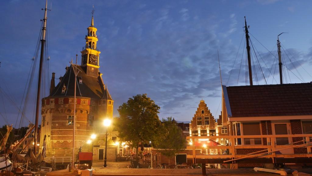 Hoorn Holland Bilder: Hoofdtoren in Hoorn bei Nacht
