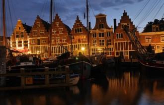 Hoorn Holland Bilder: Veermanskade bei Nacht