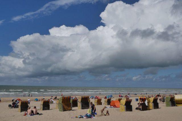 Egmond aan Zee Strandkörbe Wolken
