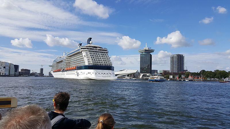 Amsterdam kostenlose Fähre Kreuzfahrtschiff Adam Toren