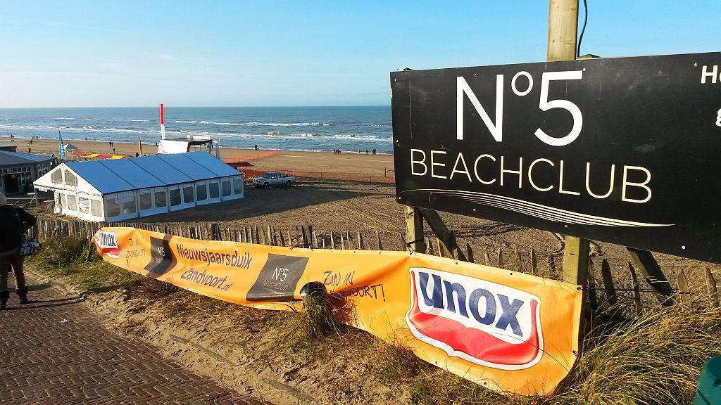 Sponsor Unox Nieuwjaarsduik Zandvoort