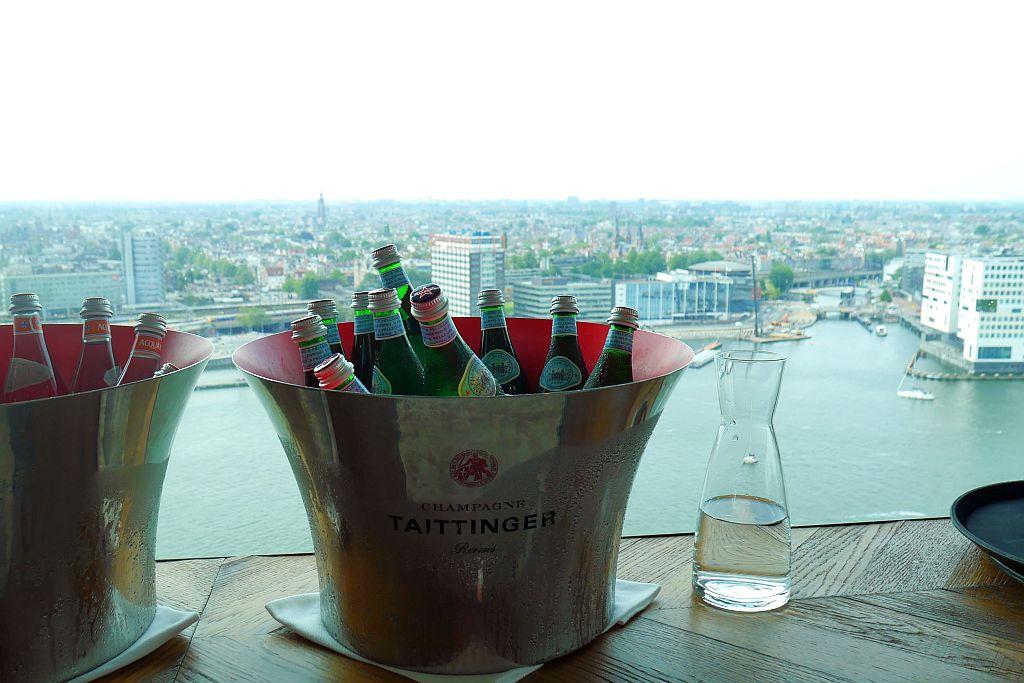 Sektkübel Skybar Amsterdam Lookout