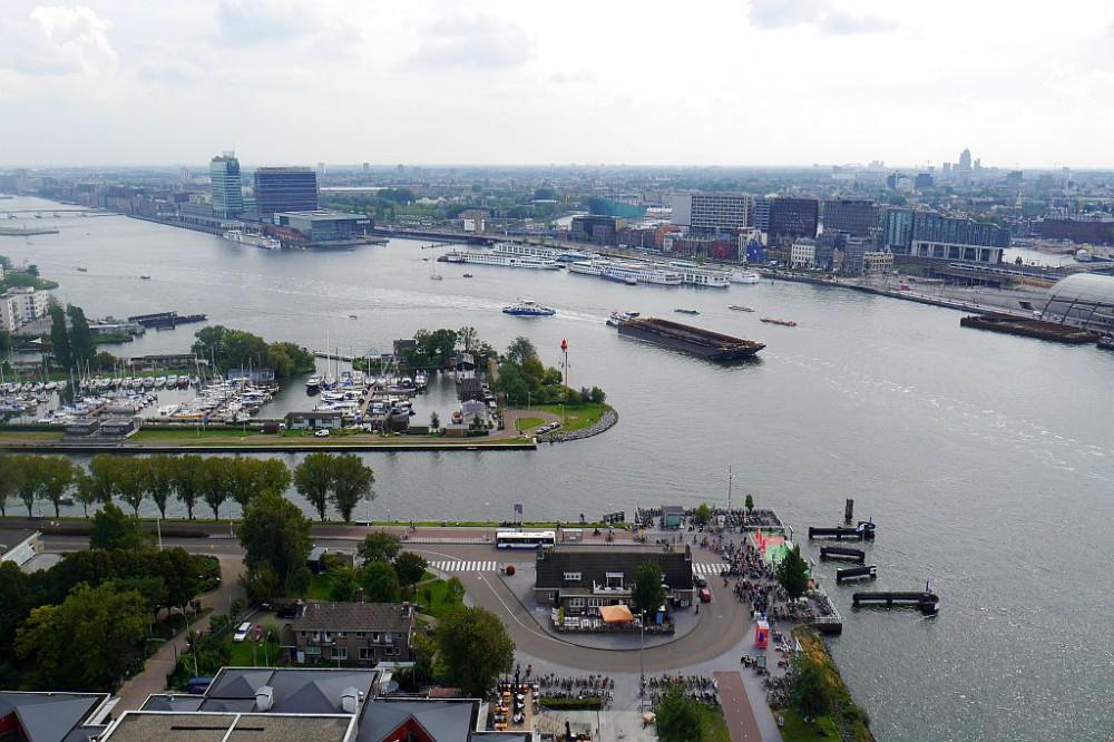 Amsterdam Lookout Blick Fähranleger Westen