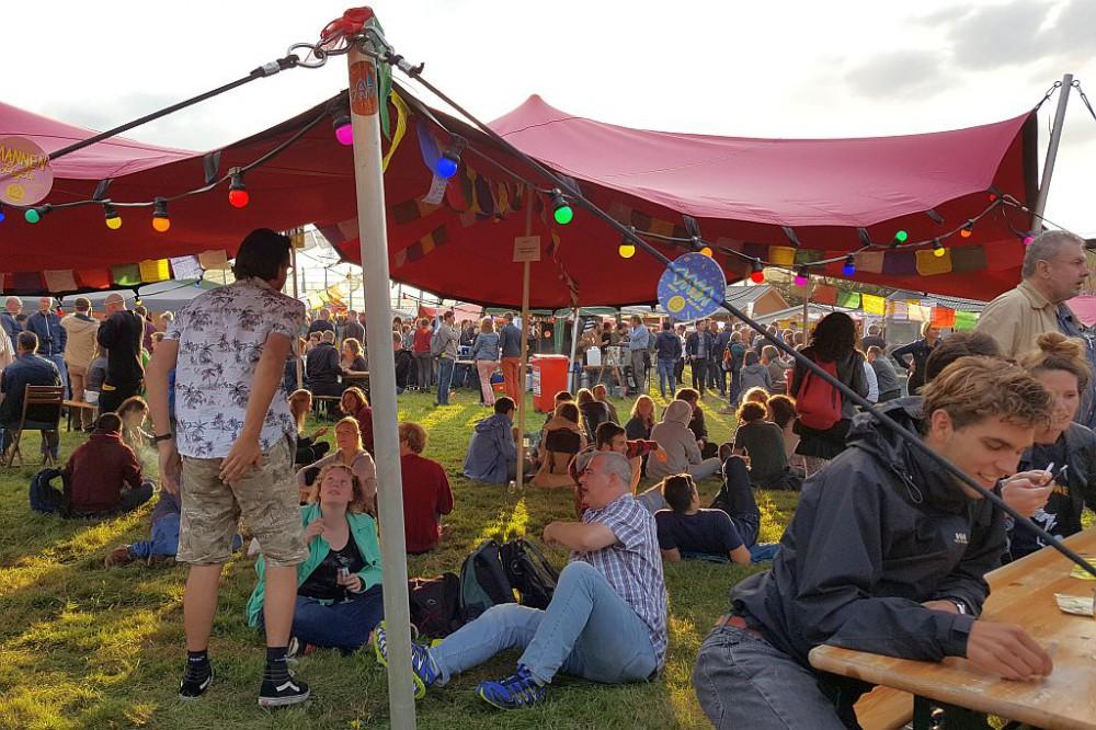 Planet Oedipus 2017 Festival Amsterdam Besucherzelt