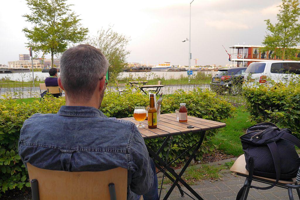 Blick auf Hafen Amsterdam Wilde Kroketten