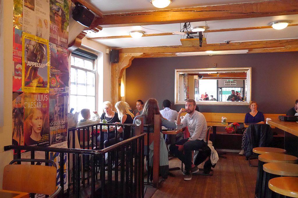 Cafe Winkel Amsterdam Innenansicht