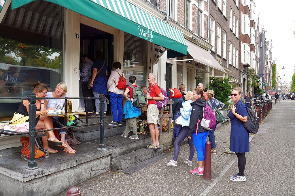 Schlange Winkel 43 Amsterdam