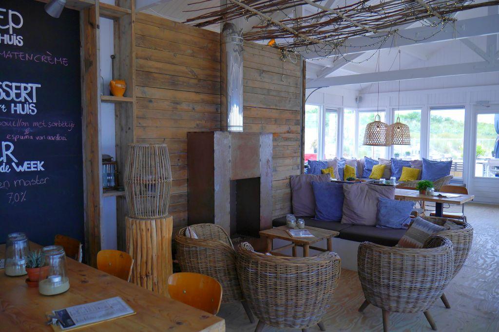 Innenansicht Strandpavillon Loods Tien Breskens