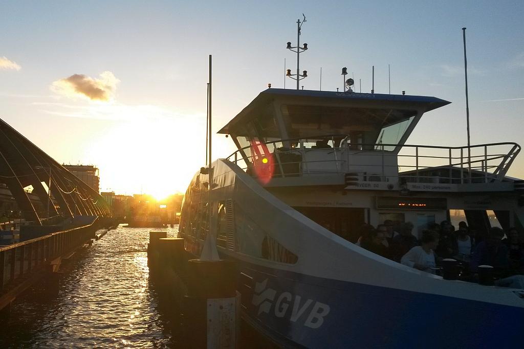Abendstimmung Fähre Amsterdam IJ