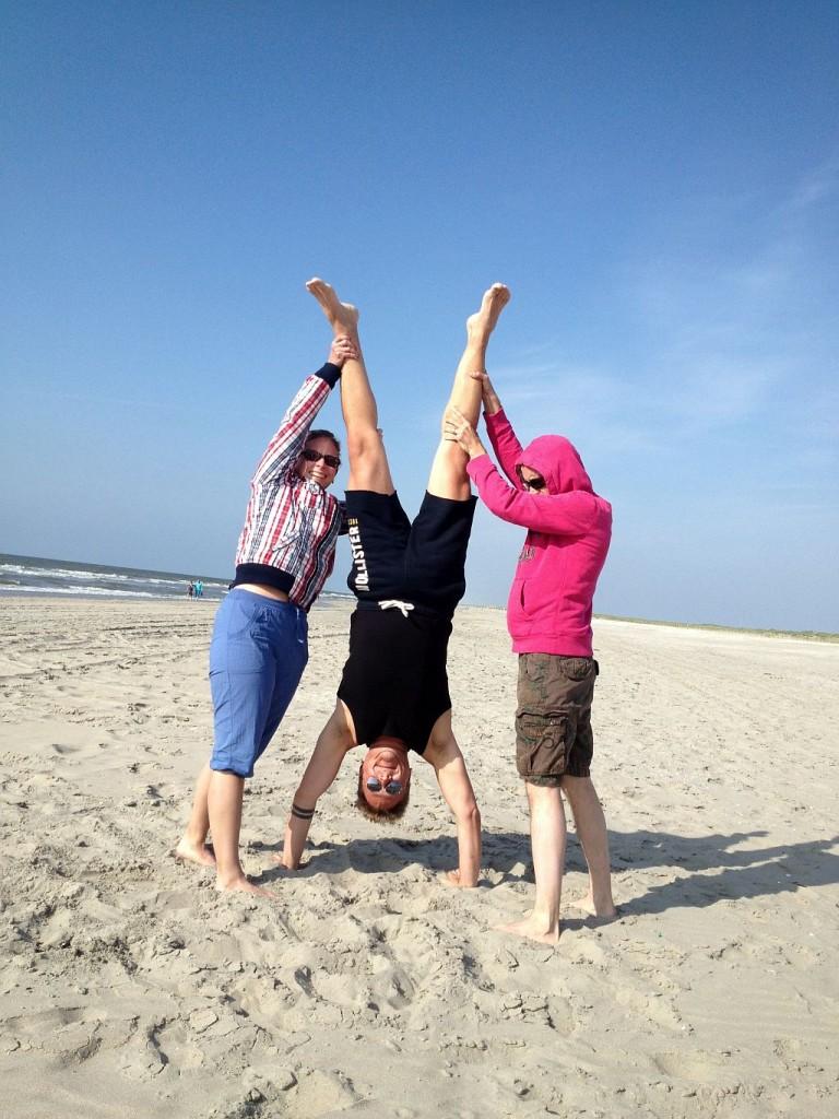 Hoek van Holland Strand Handstand