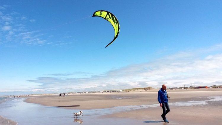 Kitesurfer Strand Hoek van Holland
