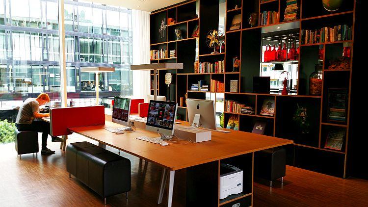 citizenM Rotterdam Arbeitsbereich