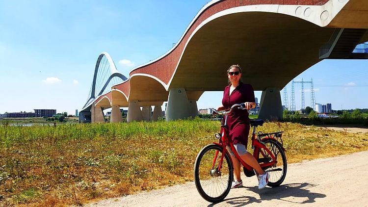 Bögen Brücke De Oversteek