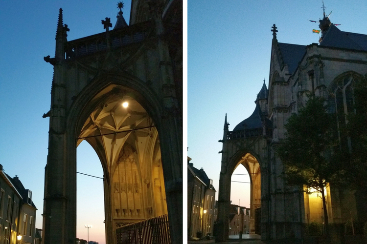 Nijmegen Stevenskerk abends