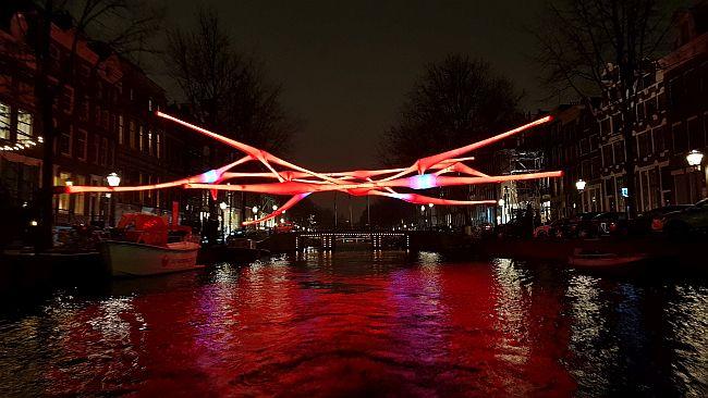 Light Festival Amsterdam Rotes Netz