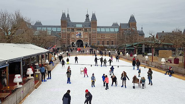 Schlittschuhfahren Ice* Amsterdam Rijksmuseum