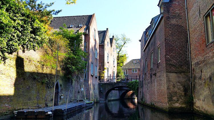 Häuser Binnendieze Hertogenbosch Grachtenfahrt