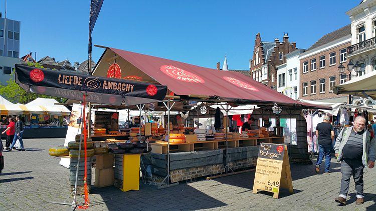 Käse kaufen Den Bosch Markt
