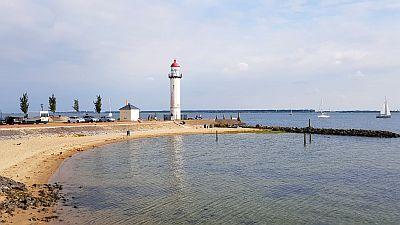 Hellevoestluis Leuchtturm Bucht
