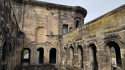 Das Innere der Porta Nigra Trier